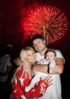 Eric Johnson, Maxwell, Jessica Simpson - Los Angeles - 06-07-2012 - Fiocco azzurro per Jessica Simpson, è nato Ace Knute