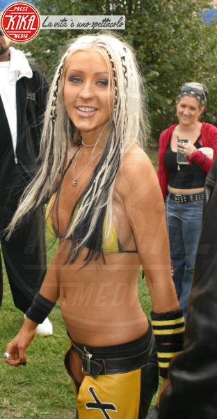 Christina Aguilera - Brooklyn - 07-10-2002 - Chi lo indossa meglio? Kylie Jenner e Christina Aguilera