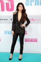 Selena Gomez - Berlino - 19-02-2013 - Miley e le altre: da Disney a Lolita