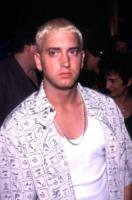 Eminem - 09-09-1999 - Eminem parla della dipendenza che lo ha quasi ucciso