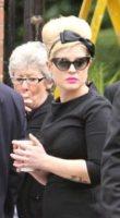 Kelly Osbourne - Londra - 26-07-2011 - Oggi ho in testa… solo l'uovo di Pasqua!