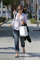 Mischa Barton - Los Angeles - 22-03-2013 - Le celebrity nate con la camicia… bianca!