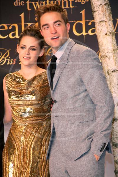 Robert Pattinson, Kristen Stewart - Berlino - 17-11-2012 - Anche la cantante Sia nega una relazione con Robert Pattinson