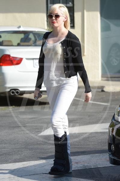 Rose McGowan - Los Angeles - 27-03-2013 - Il must dell'estate? I pantaloni bianchi