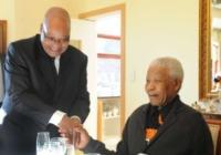 Nelson Mandela - 19-07-2011 - Nelson Mandela di nuovo ricoverato in ospedale