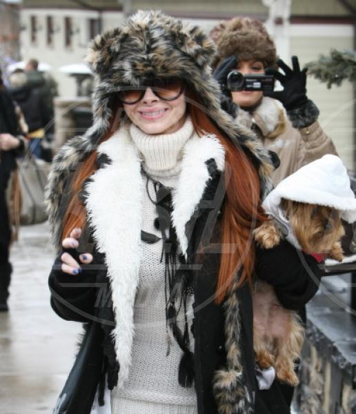 Phoebe Price - Park City - 20-01-2012 - Il cagnetto, dove lo metto? Fai come le celebs!