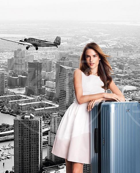 Alessandra Ambrosio - Los Angeles - 28-03-2013 - Alessandra Ambrosio testimonial per Rimowa