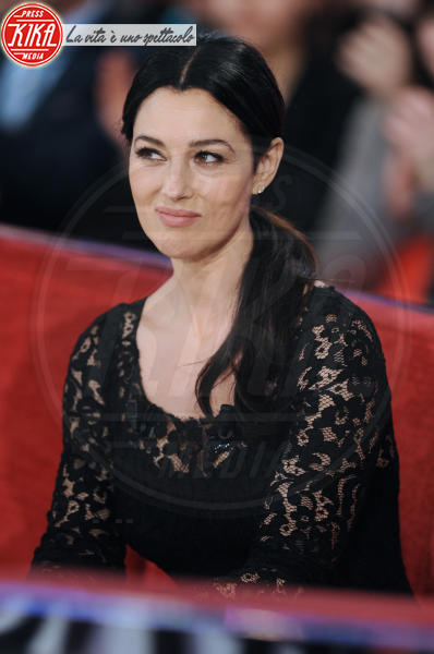 Monica Bellucci - Parigi - 27-03-2013 - Star come noi: che smorfiose, queste celebrity!
