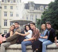 Lisa Kudrow, Courteney Cox, Jennifer Aniston - friends - 02-04-2013 - Le quote rosa di Friends pensano alla reunion