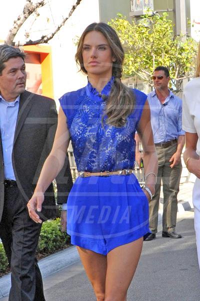 Alessandra Ambrosio - Los Angeles - 12-03-2013 - Alessandra Ambrosio  è la primavera!