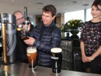 Olga Kurylenko, Tom Cruise - Dublino - 01-01-2000 - SOS Cocktail: ma sai quante calorie stai bevendo?
