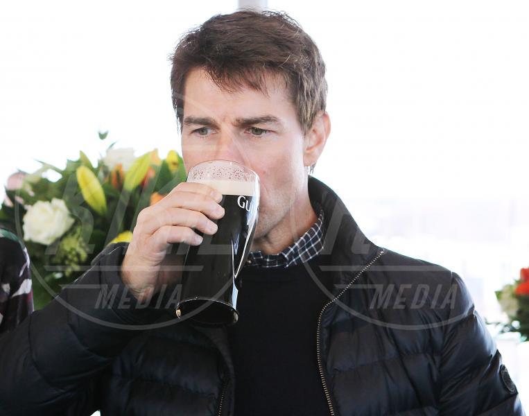 Tom Cruise - Dublino - 01-01-2000 - Camilla di Cornovaglia, in vino veritas?