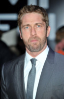 Gerard Butler - Londra - 03-04-2013 - Star come noi: che smorfiose, queste celebrity!
