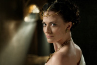 Lara Pulver - 08-11-2012 - David Goyer svela: