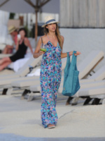 Jessica Alba - St Barths - 07-04-2013 - Maxi dress: tutta la comodità  dell'estate
