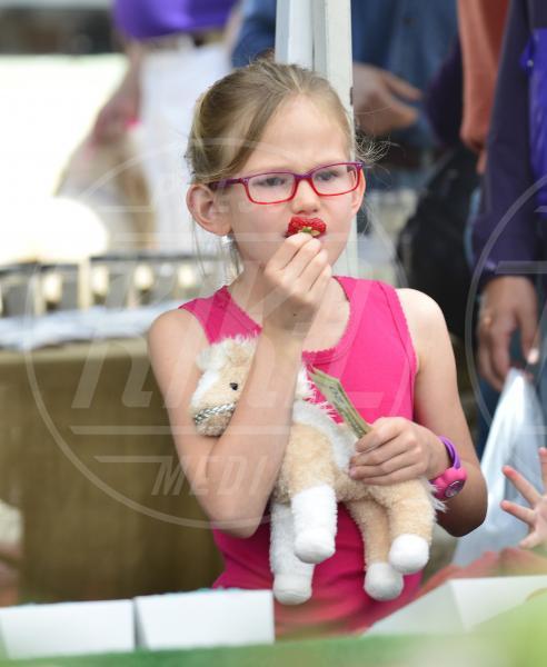 Violet Anne Affleck - Los Angeles - 08-04-2013 - Locale e di stagione: la frutta e la verdura preferita dai VIP!