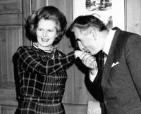 Margaret Thatcher - Londra - 20-06-1981 - Romanticismo: la chiave per entrare nel cuore delle donne