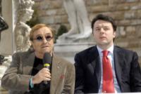 Lucio Dalla, Matteo Renzi - Milano - 08-04-2013 - Dillo con un tweet: Lucarelli scherza sulla ferita del collega