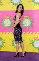 Katy Perry - Los Angeles - 22-03-2013 - Vade retro abito!: Katy Perry e il suo incrocio magico