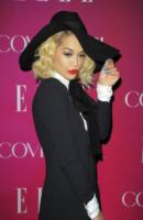 Rita Ora - New York - 10-04-2013 - Rita Ora e Anna Dello Russo: chi lo indossa meglio?