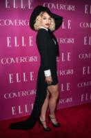 Rita Ora - New York - 11-04-2013 - Corto o lungo? Ecco le dive che non sanno decidersi!