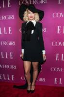 Rita Ora - New York - 11-04-2013 - Rita Ora e Anna Dello Russo: chi lo indossa meglio?