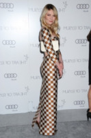 Kirsten Dunst - Los Angeles - 12-01-2013 - Kirsten Dunst e Carolina Dieckmann: chi lo indossa meglio?