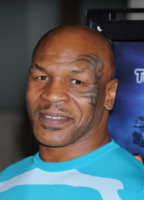 "Mike Tyson - Hollywood - 08-08-2016 - Mike Tyson in tv: ""Sto morendo di alcol e droga"""