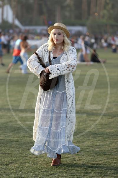 Hayley Hasselhoff - Indio - 15-04-2013 - Coachella Festival 2013: i look più fantasiosi