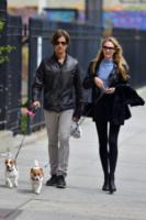 Hermann Nicoli, Candice Swanepoel - New York - 17-04-2013 - Star come noi: anche le modelle si abbuffano