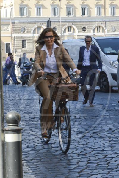Daniela Santanchè - Roma - 17-04-2013 -  Dove vai se la bicicletta, trendy, non ce l'hai?