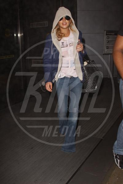 Lindsay Lohan - New York - 19-04-2013 - Lindsay Lohan scrive il primo tweet in un mese dalla clinica