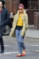 Sienna Miller - New York - 28-03-2013 - Aperte, chiuse, piccole, grosse: basta che siano scarpe rosse!
