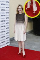 Claudia Gerini - Milano - 18-04-2013 - Aperte, chiuse, piccole, grosse: basta che siano scarpe rosse!