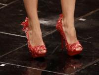 Simona Molinari - Sanremo - 12-02-2013 - Aperte, chiuse, piccole, grosse: basta che siano scarpe rosse!