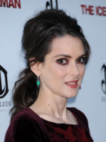 Winona Ryder - Hollywood - 21-04-2013 - Bentornata Winona Ryder: sarà nella serie tv Stranger Things