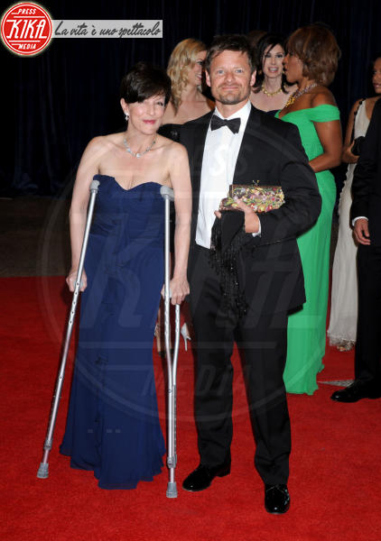 Robyn Peterman, Steve Zahn - Washington - 27-04-2013 - Bende, cerotti, gessi, la dura vita della star