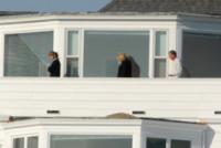 Scott Swift, Austin Swift, Andrea Swift, Taylor Swift - Rhoad Island - 15-04-2013 - Taylor Swift acquista un lussuoso palazzo a a Rhode Island