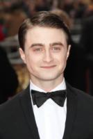"""Daniel Radcliffe - Londra - 28-04-2013 - Daniel Radcliffe """"non"""" è fuori controllo con l'alcol"""