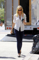 Kate Upton - New York - 02-05-2013 - Le celebrity nate con la camicia… bianca!