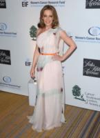 Kylie Minogue - Beverly Hills - 02-05-2013 - Kylie Minogue e Joshua Sasse, sposi in gran segreto?