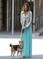 Behati Prinsloo - New York - 02-05-2013 - Ecco le celebrity che non fanno un plissé… ma mille!