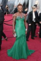 Viola Davis - Los Angeles - 26-02-2012 - Ecco le celebrity che non fanno un plissé… ma mille!