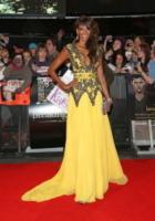 Judi Shekoni - Londra - 14-11-2012 - Ecco le celebrity che non fanno un plissé… ma mille!