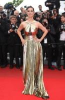 Berenice Marlohe - Londra - 21-05-2012 - Ecco le celebrity che non fanno un plissé… ma mille!