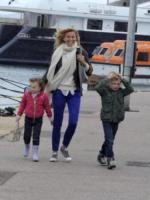 Noè Rusconi, Sofia Rusconi, Federica Fontana - Saint Tropez - 27-04-2013 - Giù dai tacchi: le Star preferiscono le All Star!