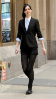 Krysten Ritter - New York - 01-04-2013 - Back to school: tutte studentesse preppy con il colletto!