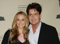 Brooke Mueller, Charlie Sheen - North Hollywood - 27-02-2008 - Amber Heard, solo l'ultima star picchiata dal compagno