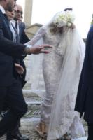 Valeria Marini - Roma - 05-05-2013 - Amal e George: Hello! e People svelano l'abito della sposa