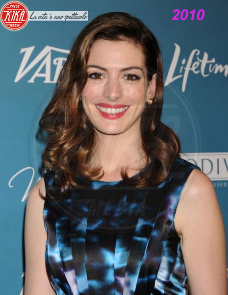 Anne Hathaway - Beverly Hills - 29-09-2010 - Anne Hathaway si trasferisce dal suo parrucchiere